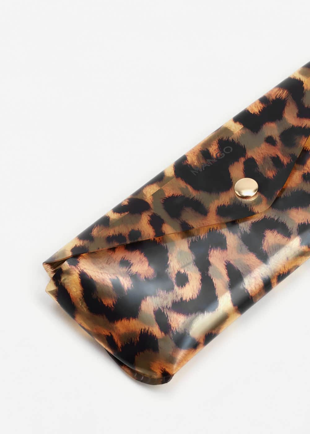 Leopard vinyl glasses case | MANGO
