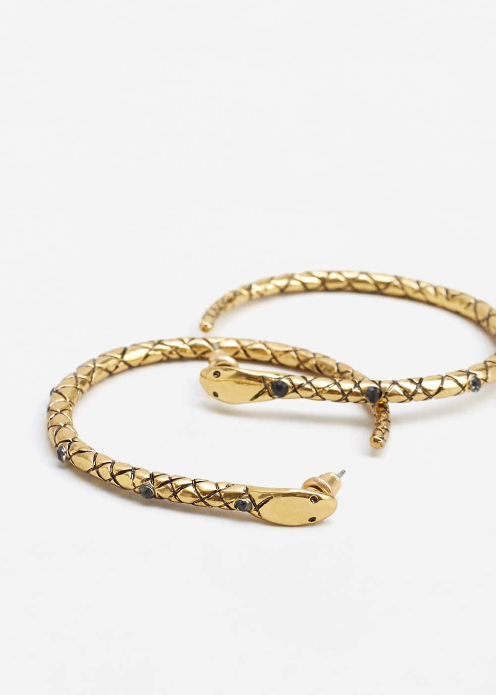 Embossed hoop earrings | MNG