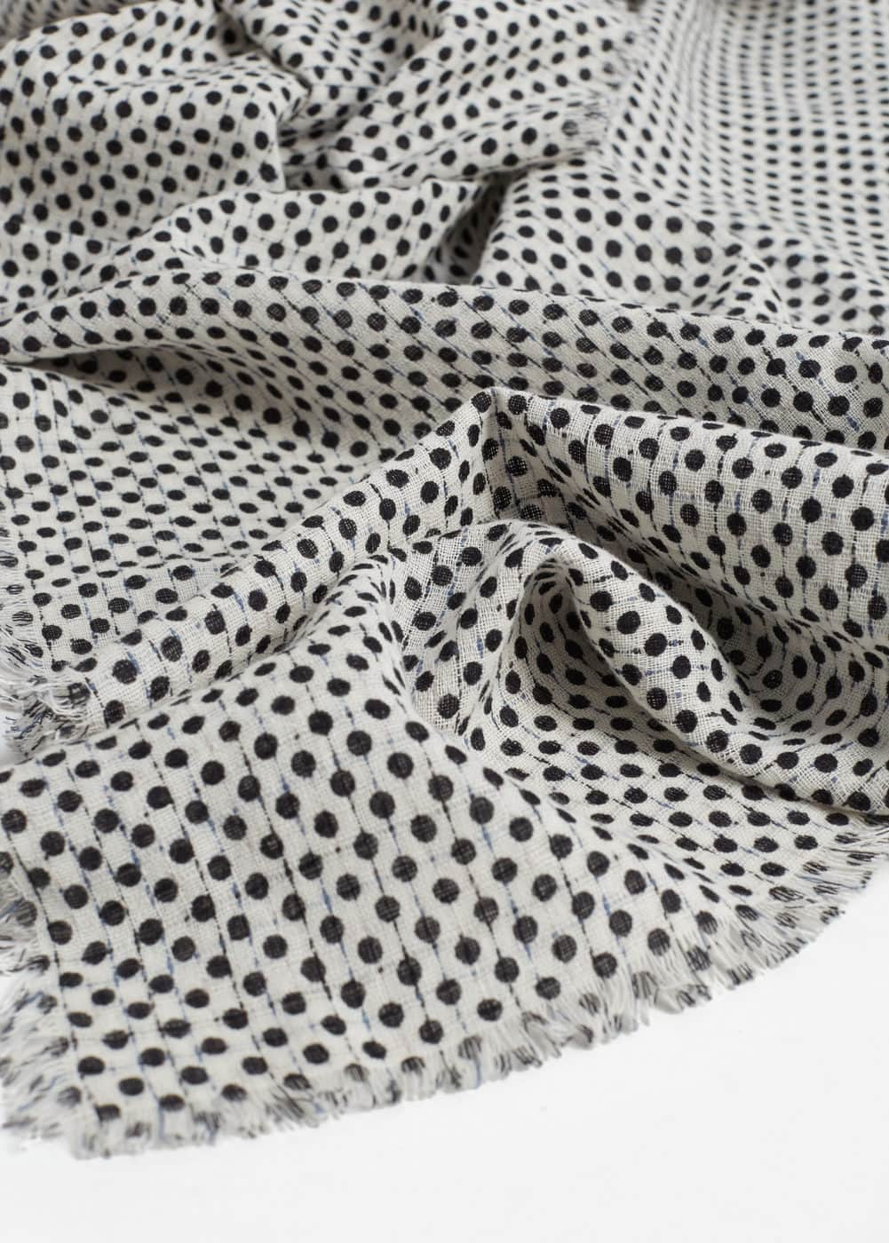 Polka-dot cotton scarf | MANGO MAN