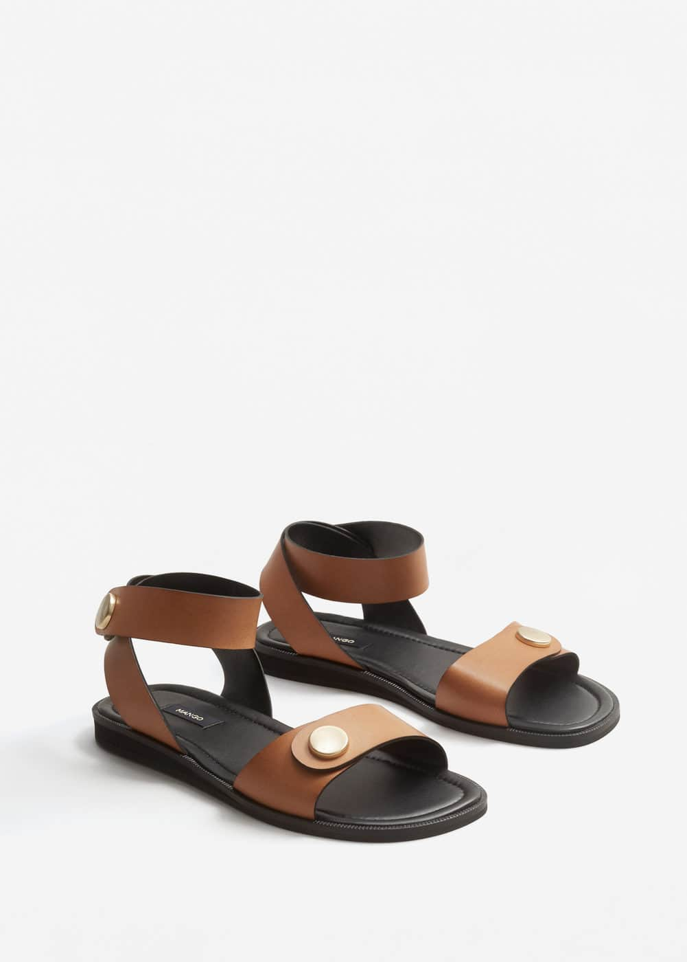 Studded leather sandals | MANGO
