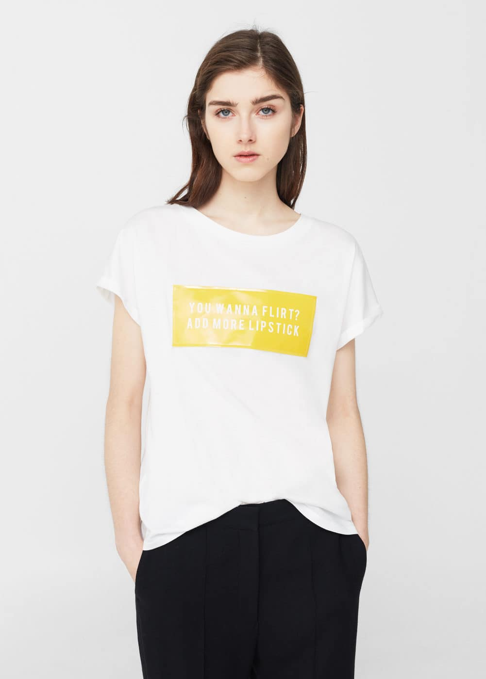 Patent effect message t-shirt | MANGO