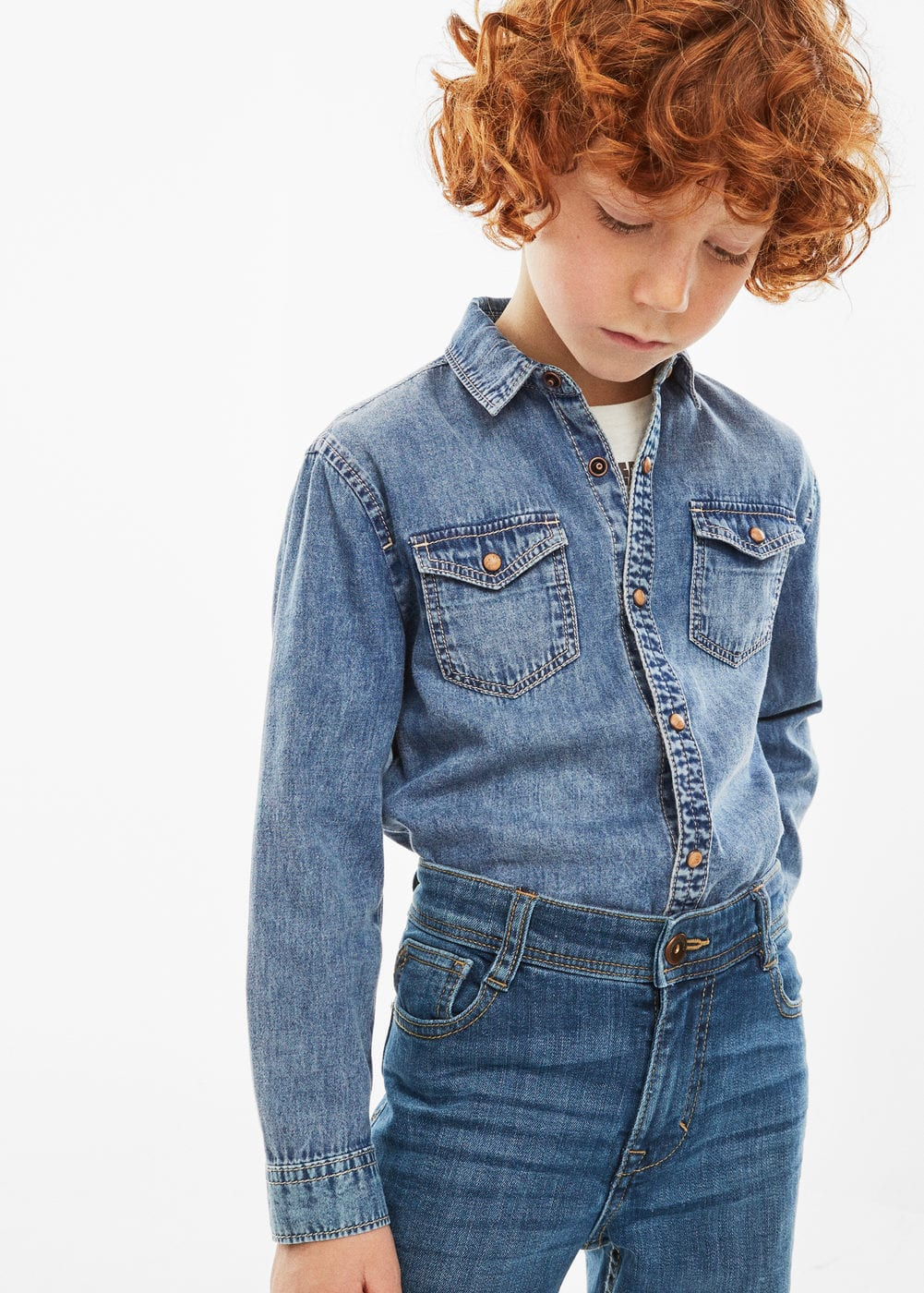 Medium wash denim shirt | MANGO
