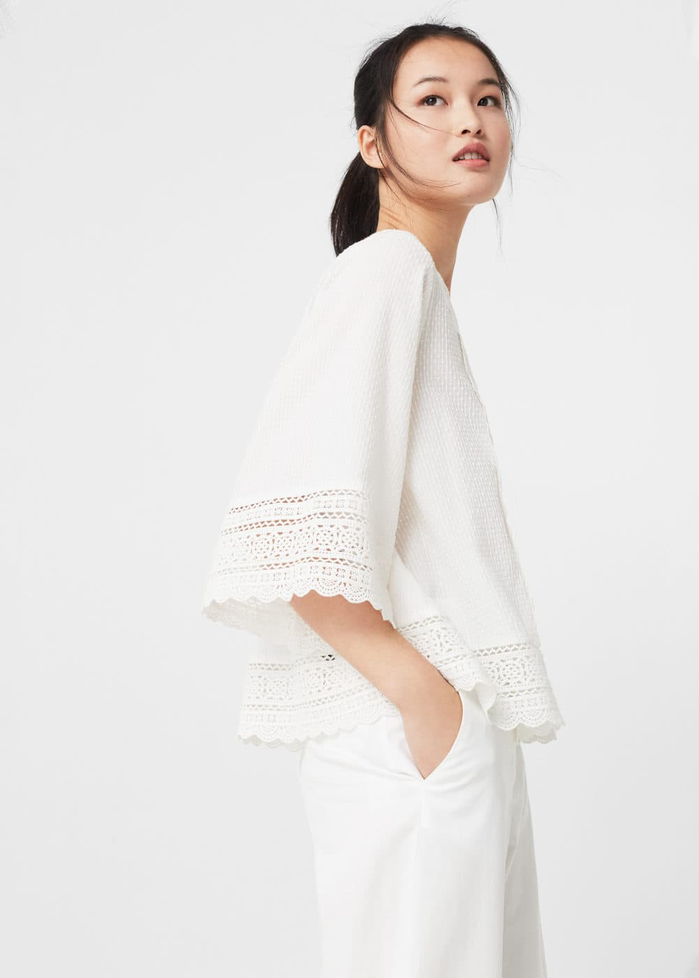 Openwork panel blouse | MNG