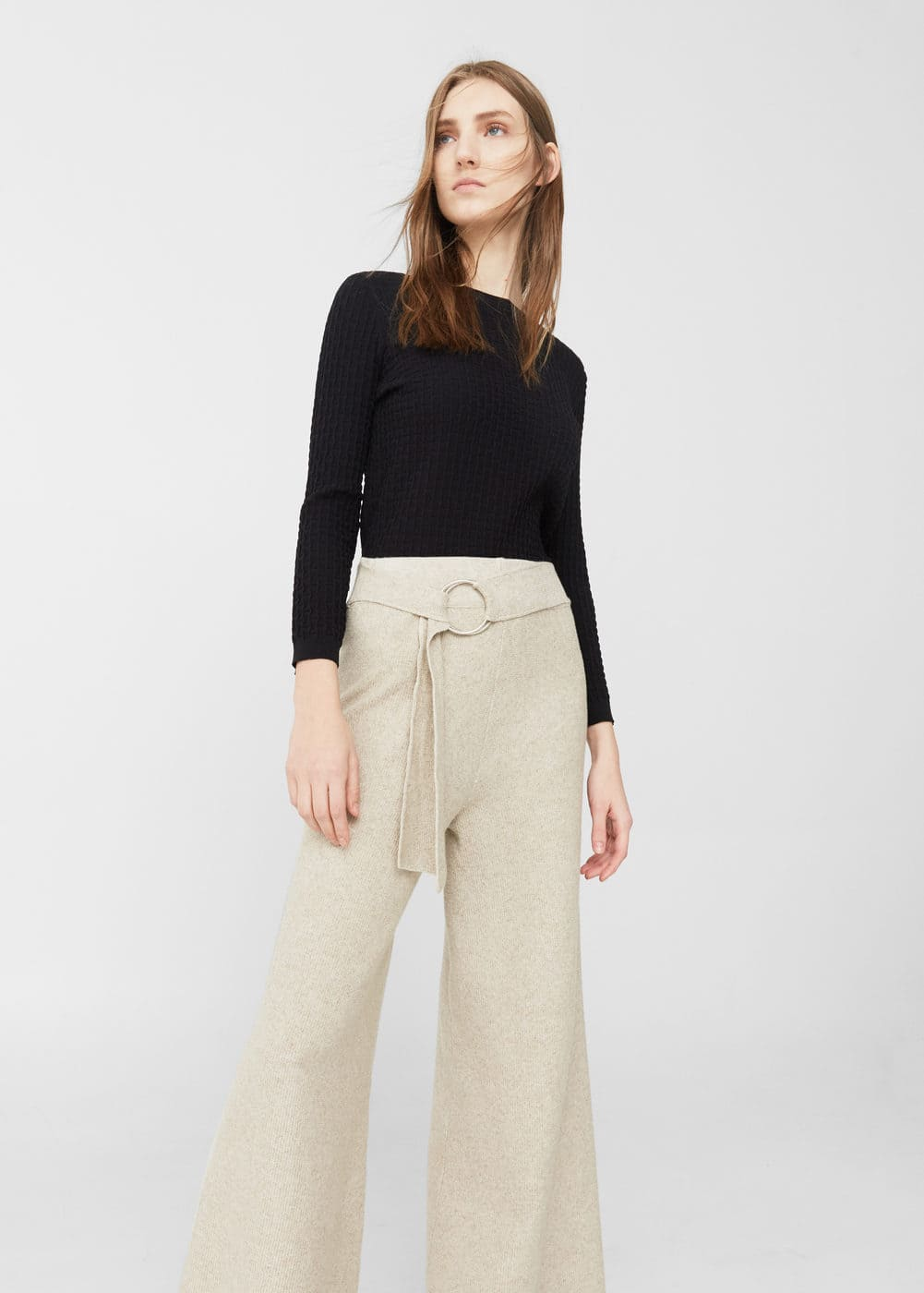 Textured fine-knit sweater | MANGO
