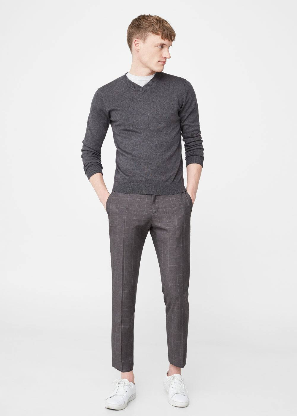 V-neck sweater | MANGO MAN