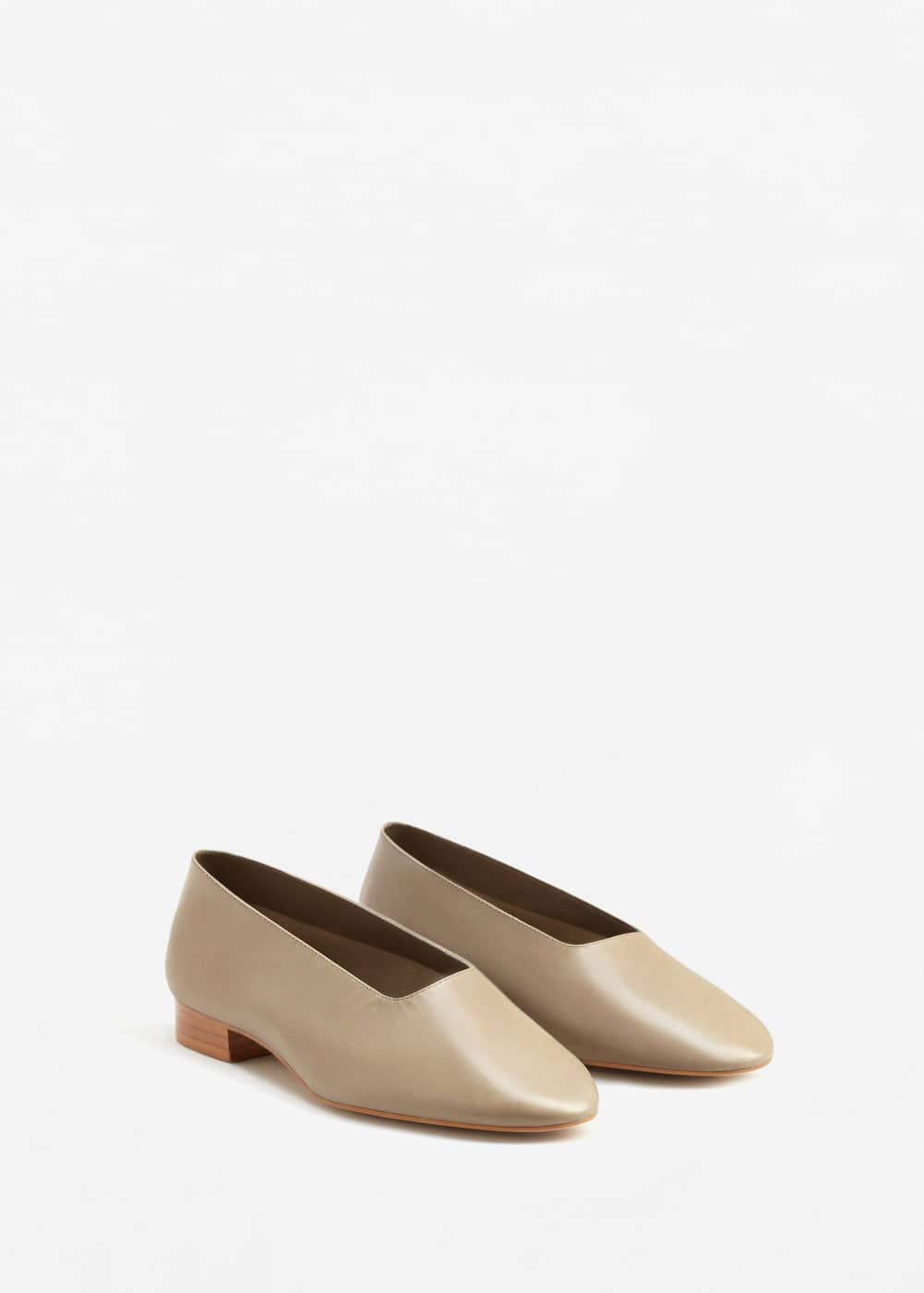 Soft leather ballerina | MANGO