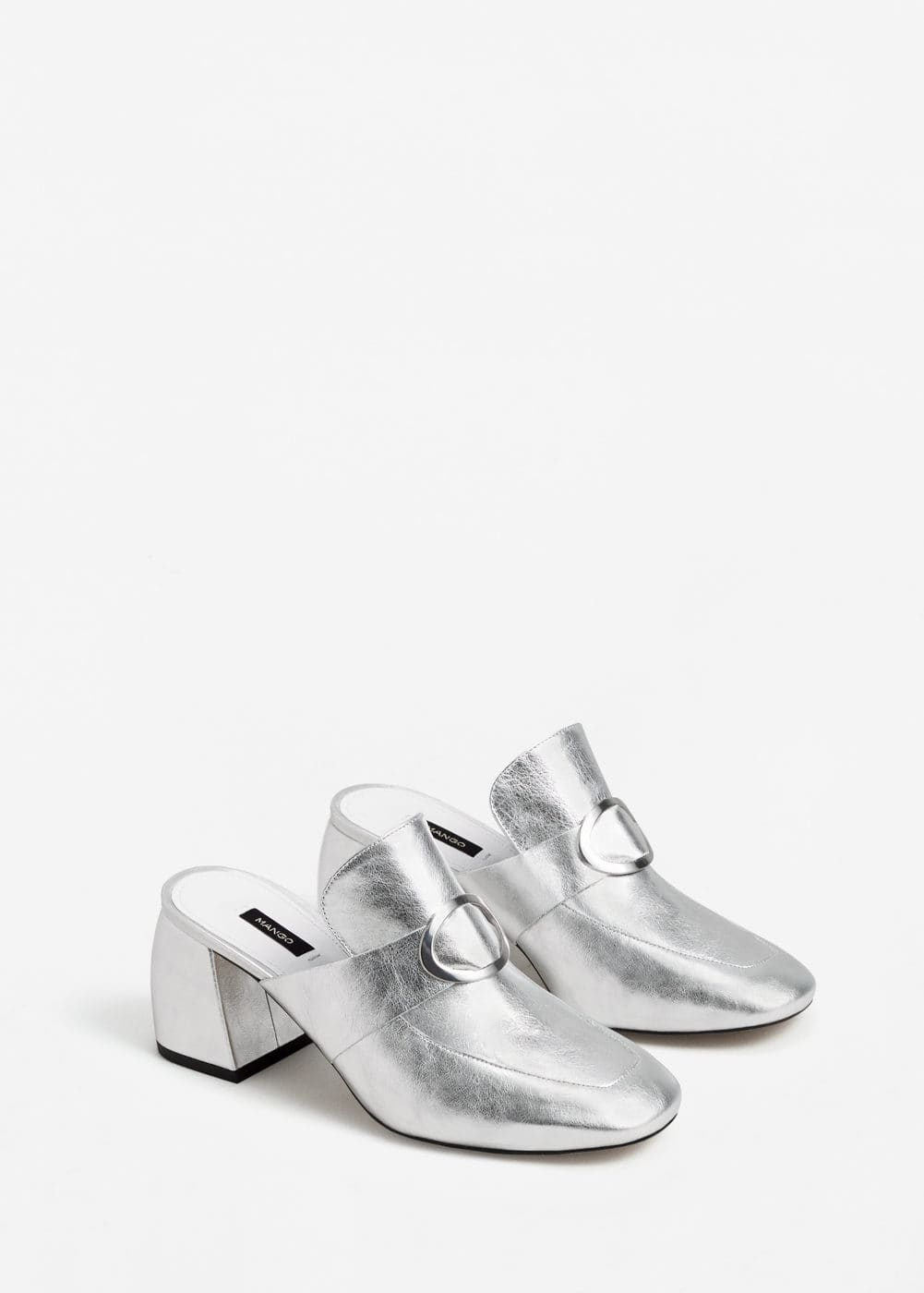 Metallic leather mules | MANGO