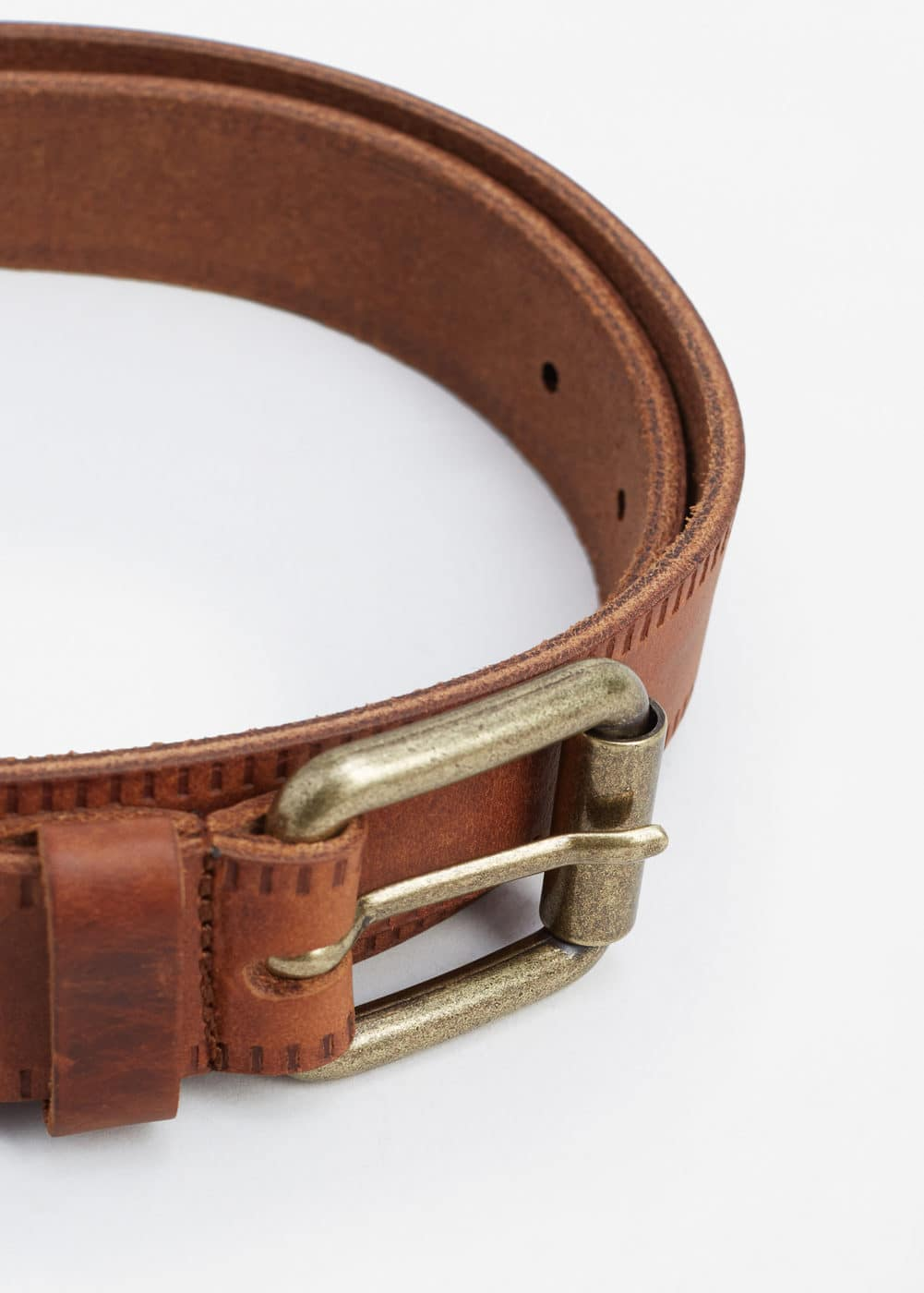 Engraved leather belt | MANGO MAN