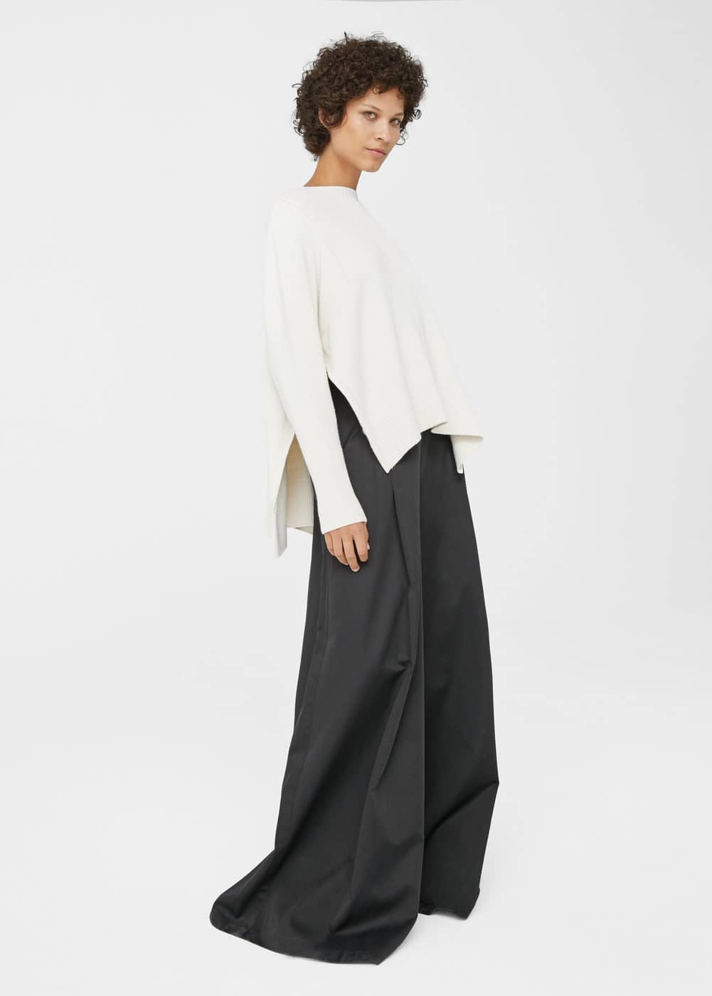 Asymmetric textured sweater | MANGO