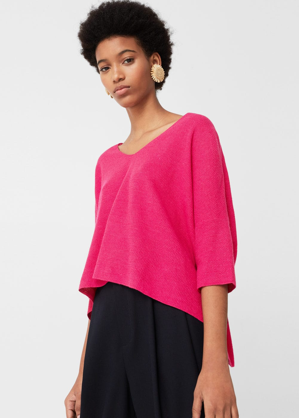 V-neckline sweater | MNG