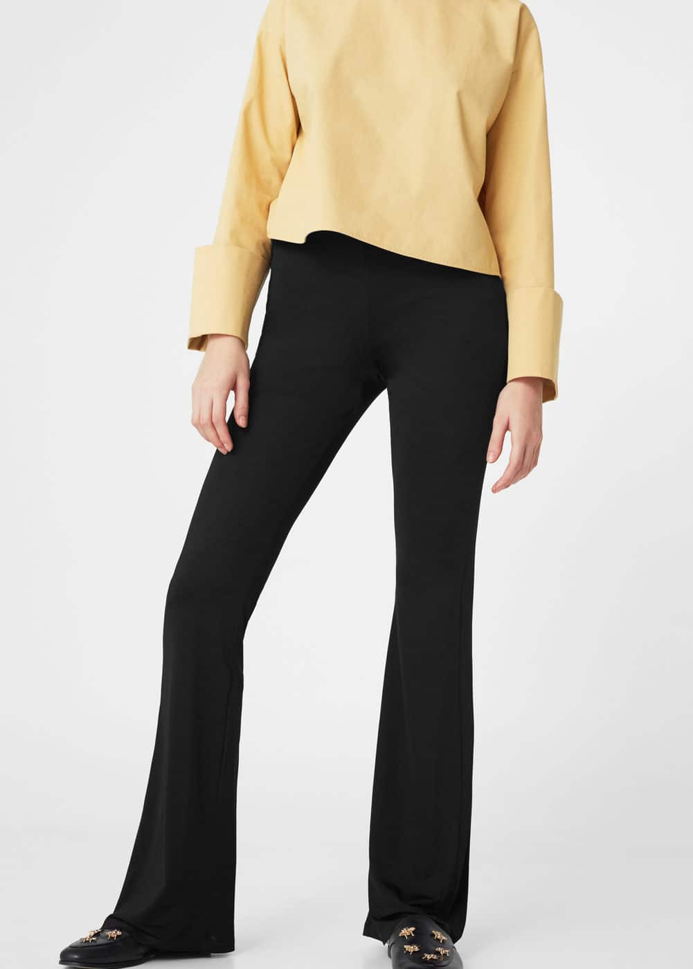 Flared trousers | MANGO