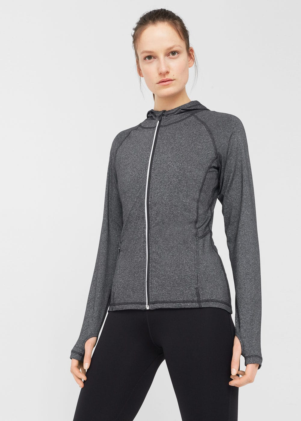 Hooded training jacket | MANGO