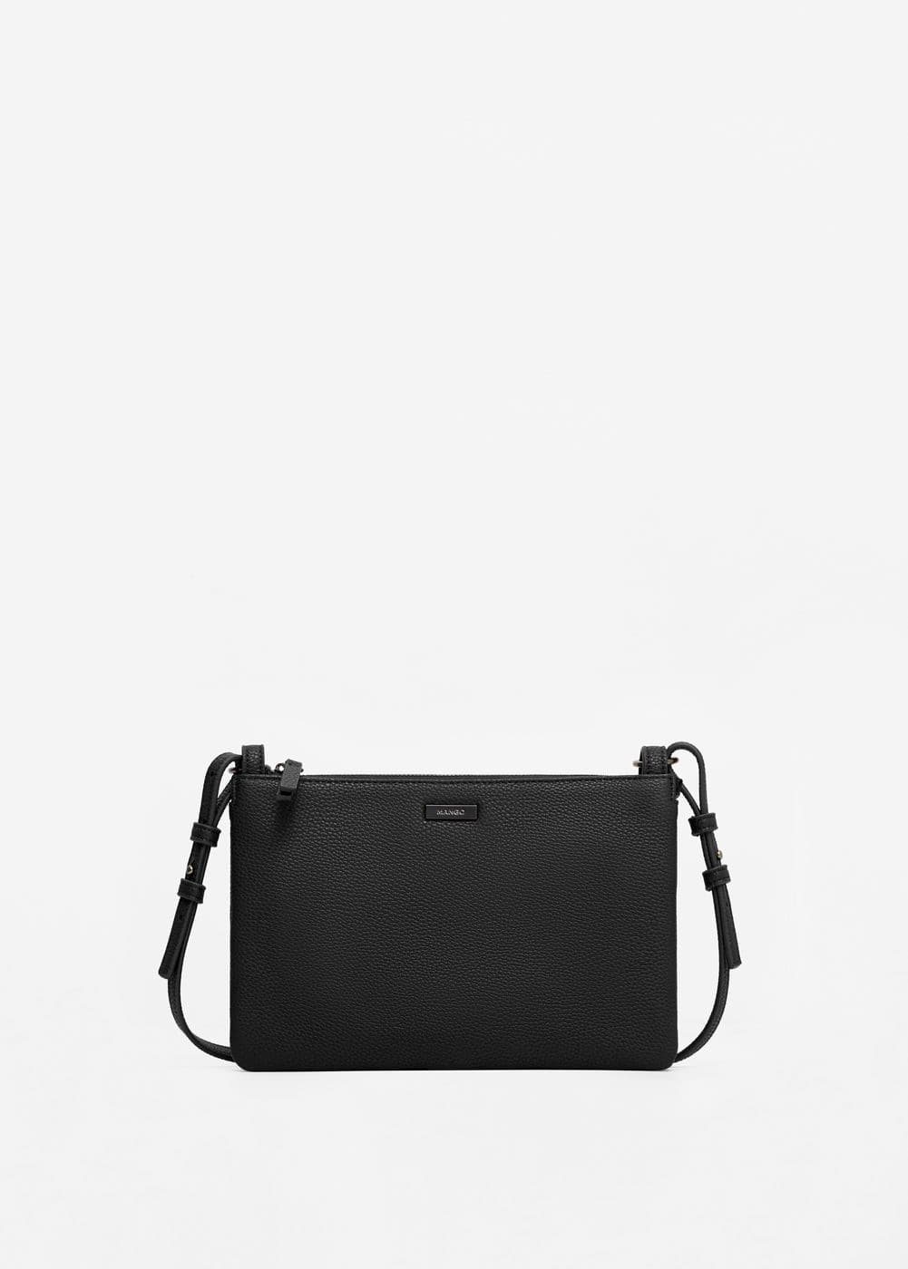Zipped pebbled bag | MANGO