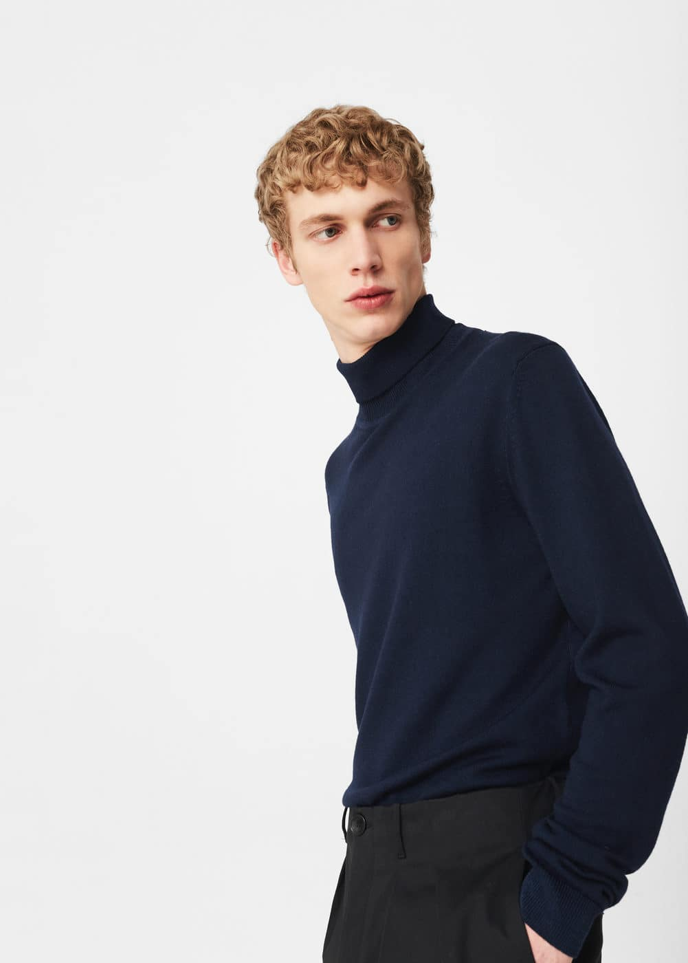Turtleneck wool sweater | MANGO MAN