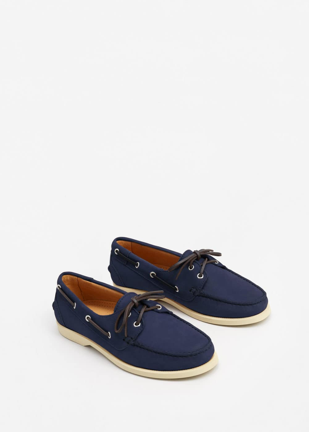 Nubuck leather boat shoes | MANGO MAN