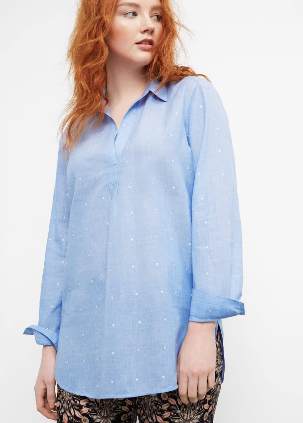 Embroidered polka-dot blouse | MANGO