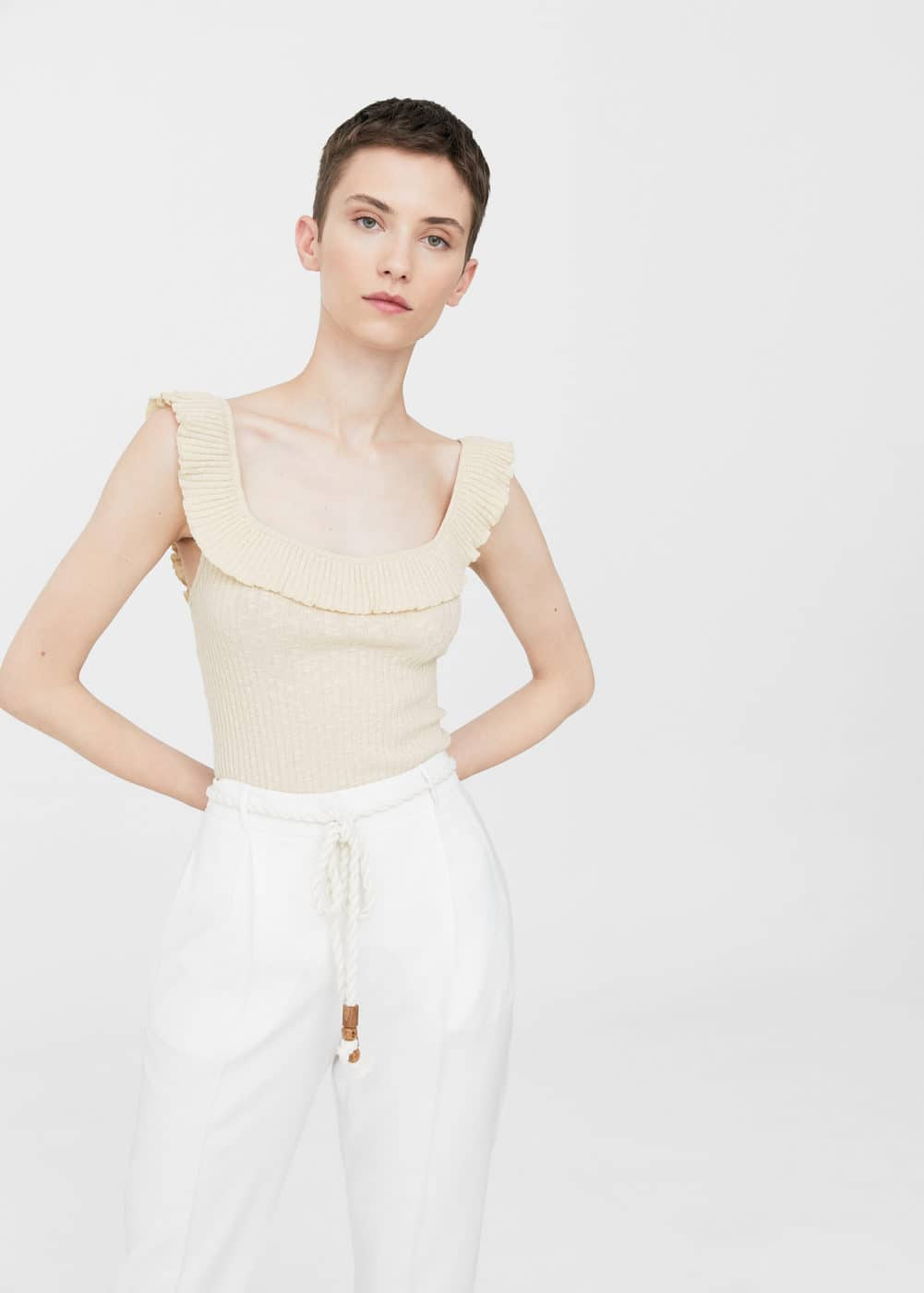 Ruffles ribbed top | MANGO