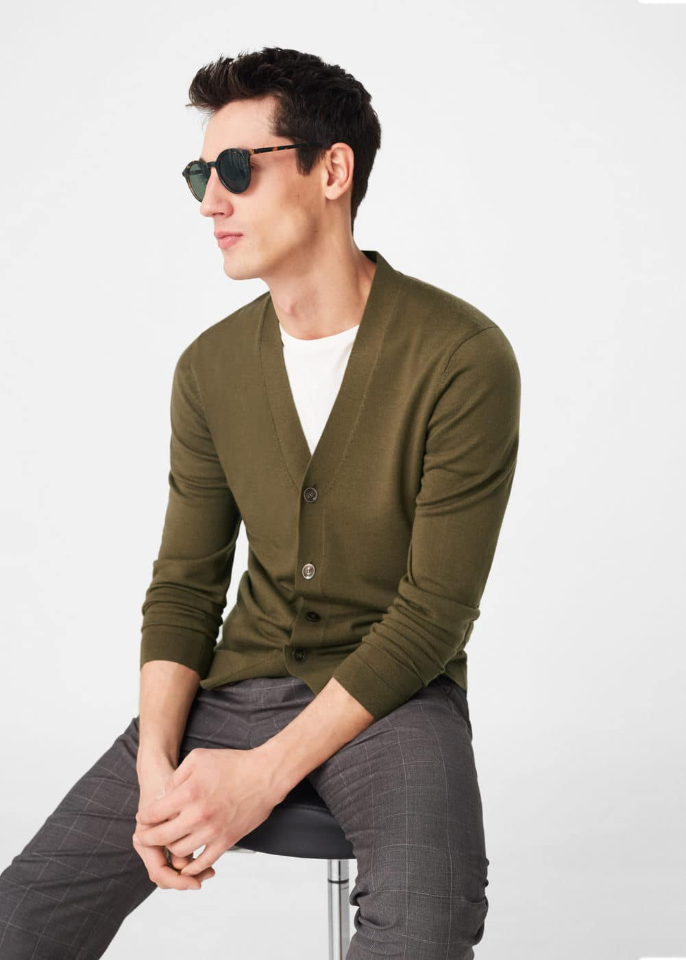 Wool-blend essential cardigan | MANGO MAN