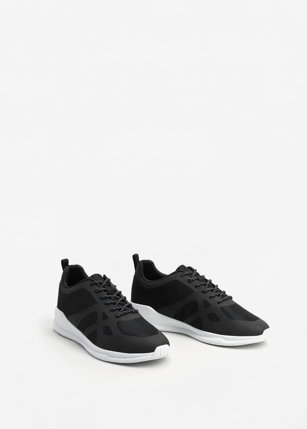 Contrast materials sneakers | MANGO