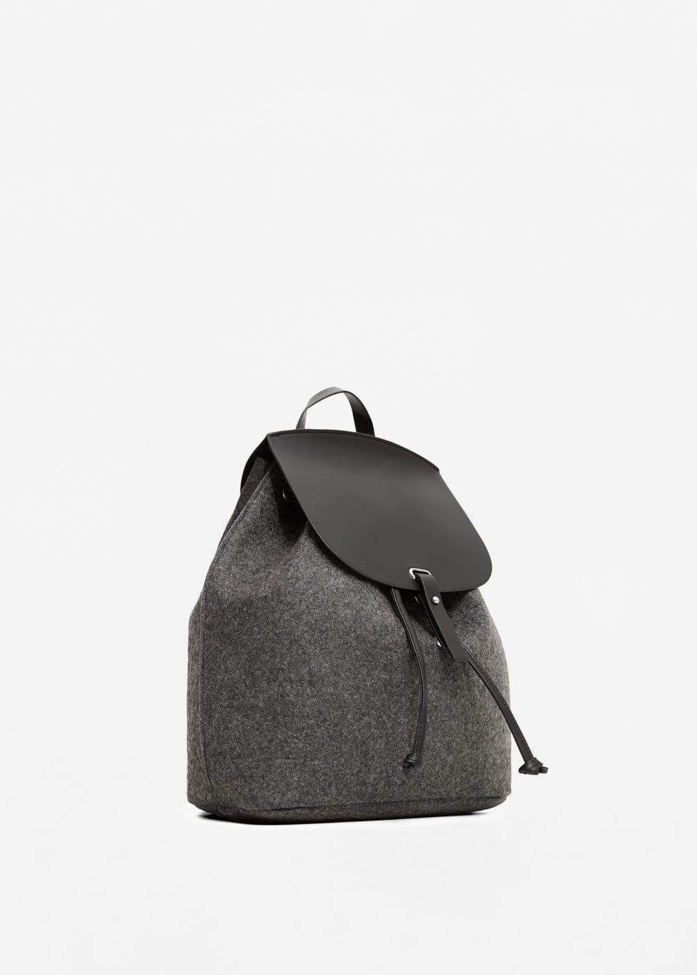 Contrasting backpack | MANGO