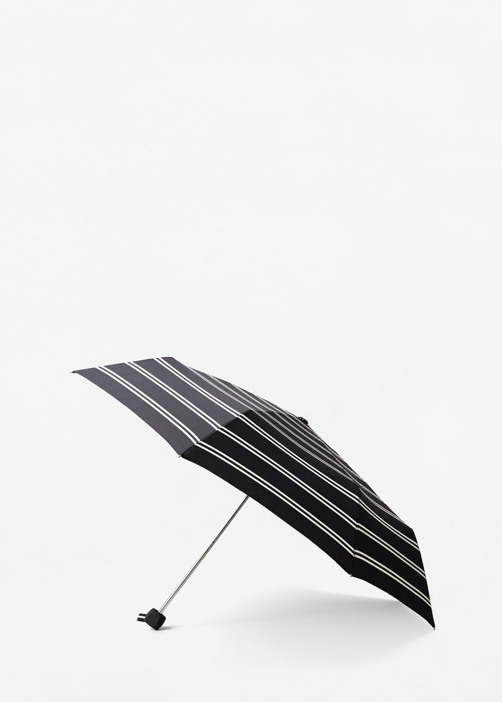 Striped umbrella | MANGO
