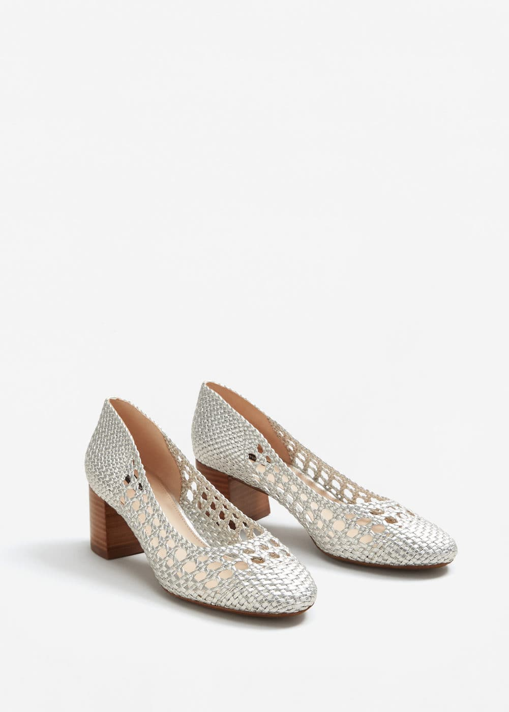 Metallic braided shoes | MANGO