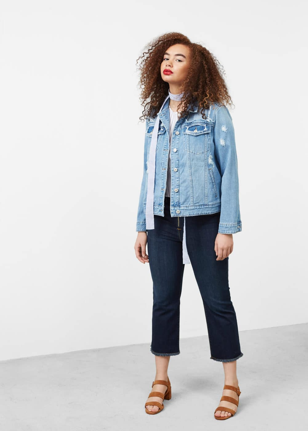 Decorative rips denim jacket | MANGO