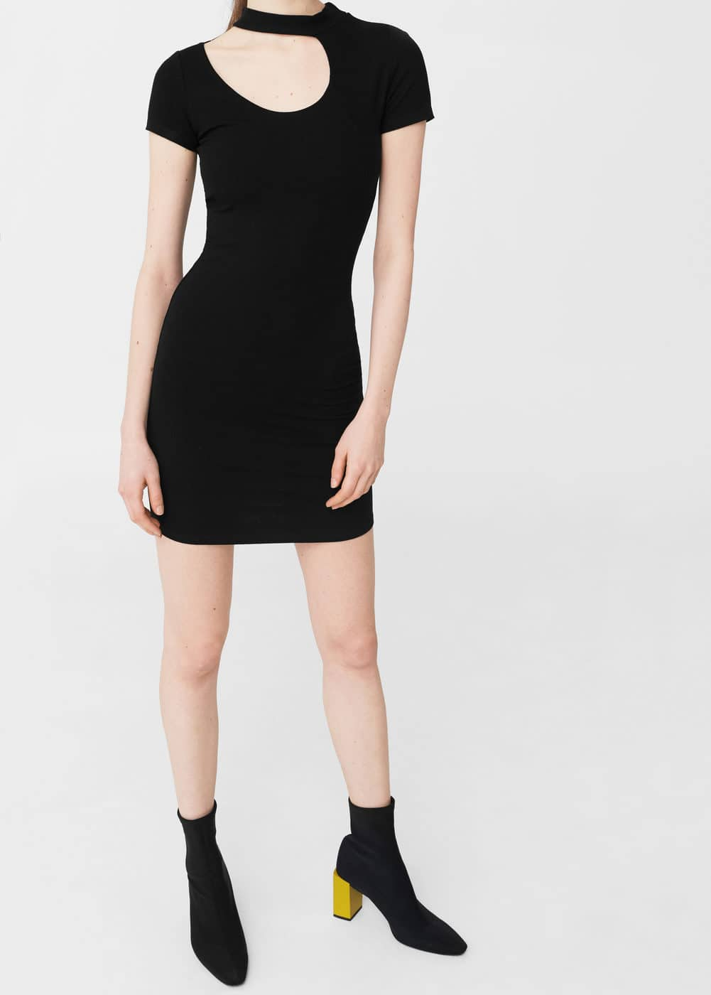 Figurbetontes kleid mit cut-out | MANGO