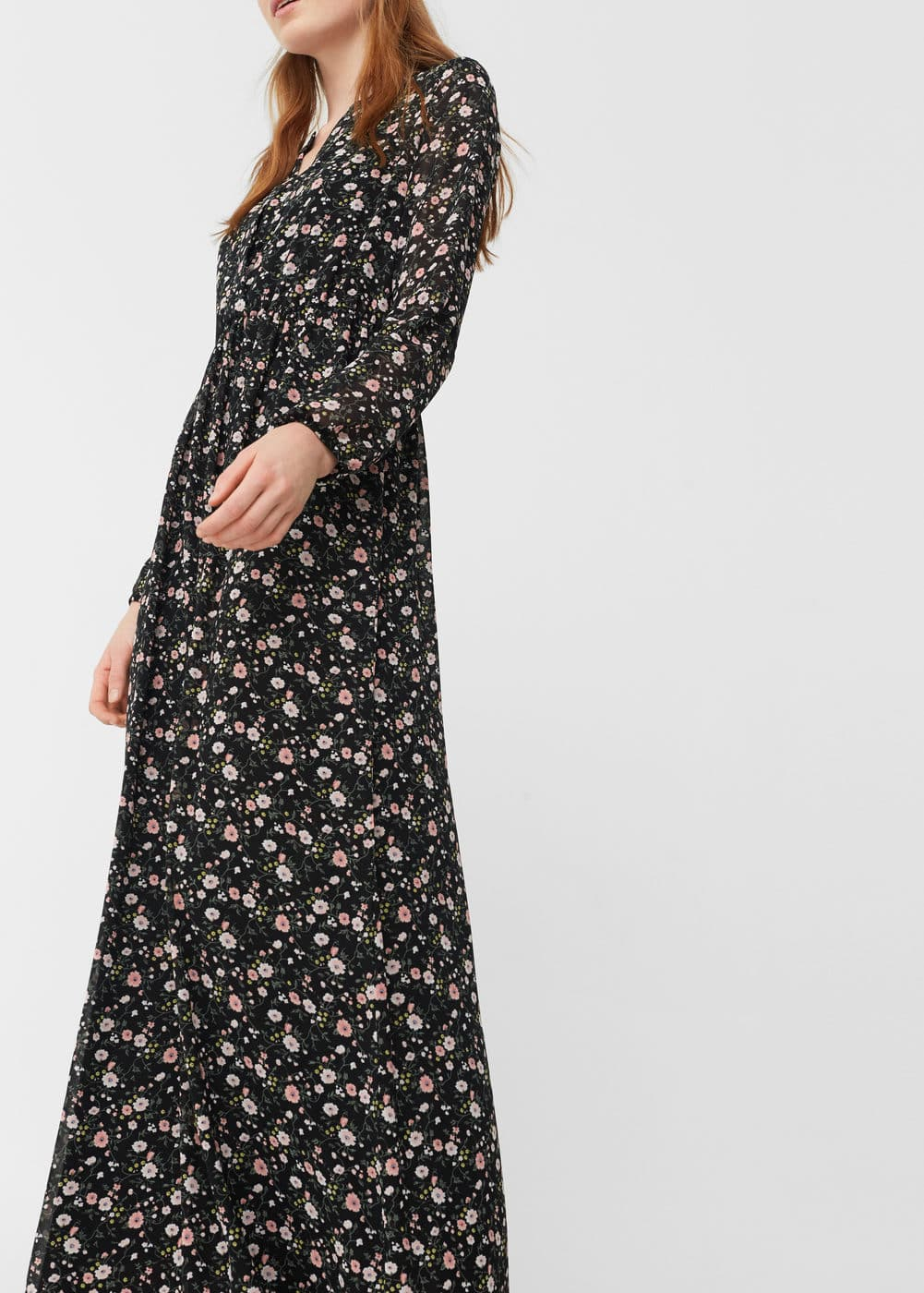 Embossed flower gown | MANGO