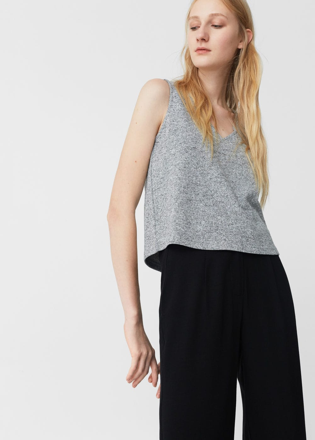 Metallic knit top | MANGO
