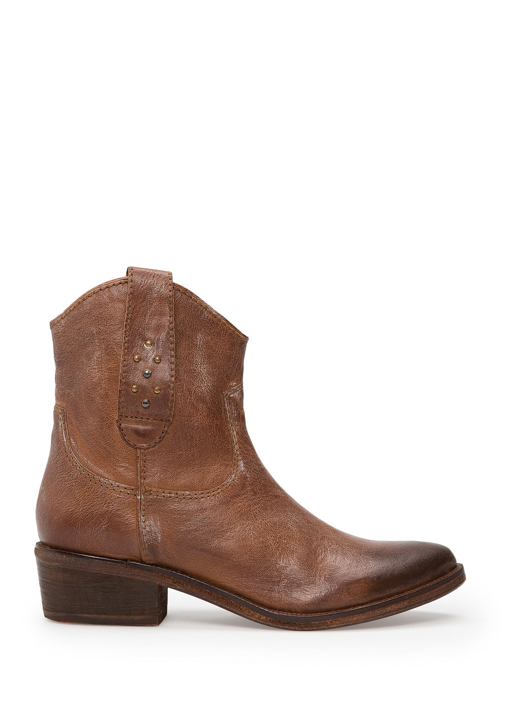 Cowboy leather ankle boots | MANGO