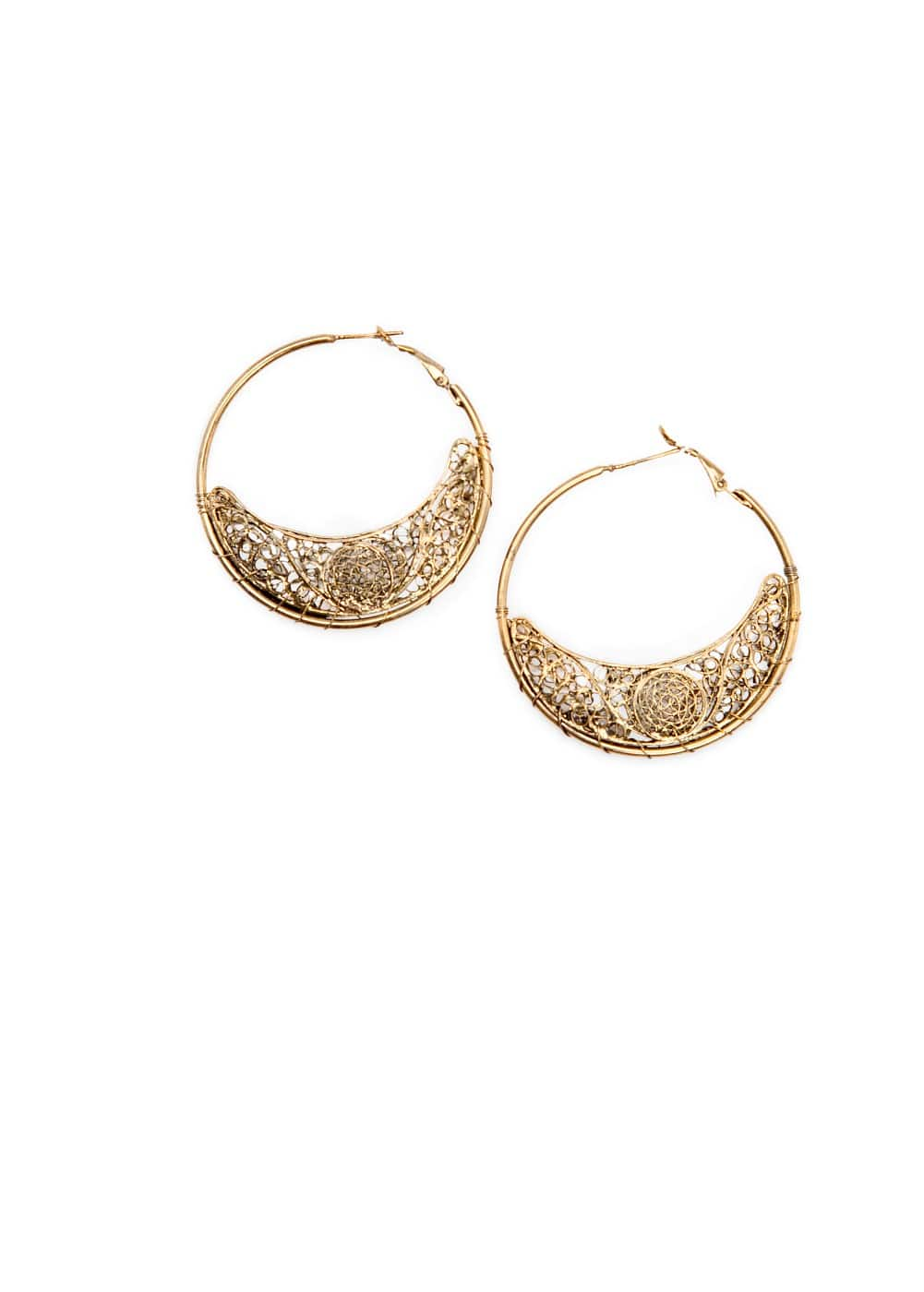 Half-moon hoop earrings | MANGO